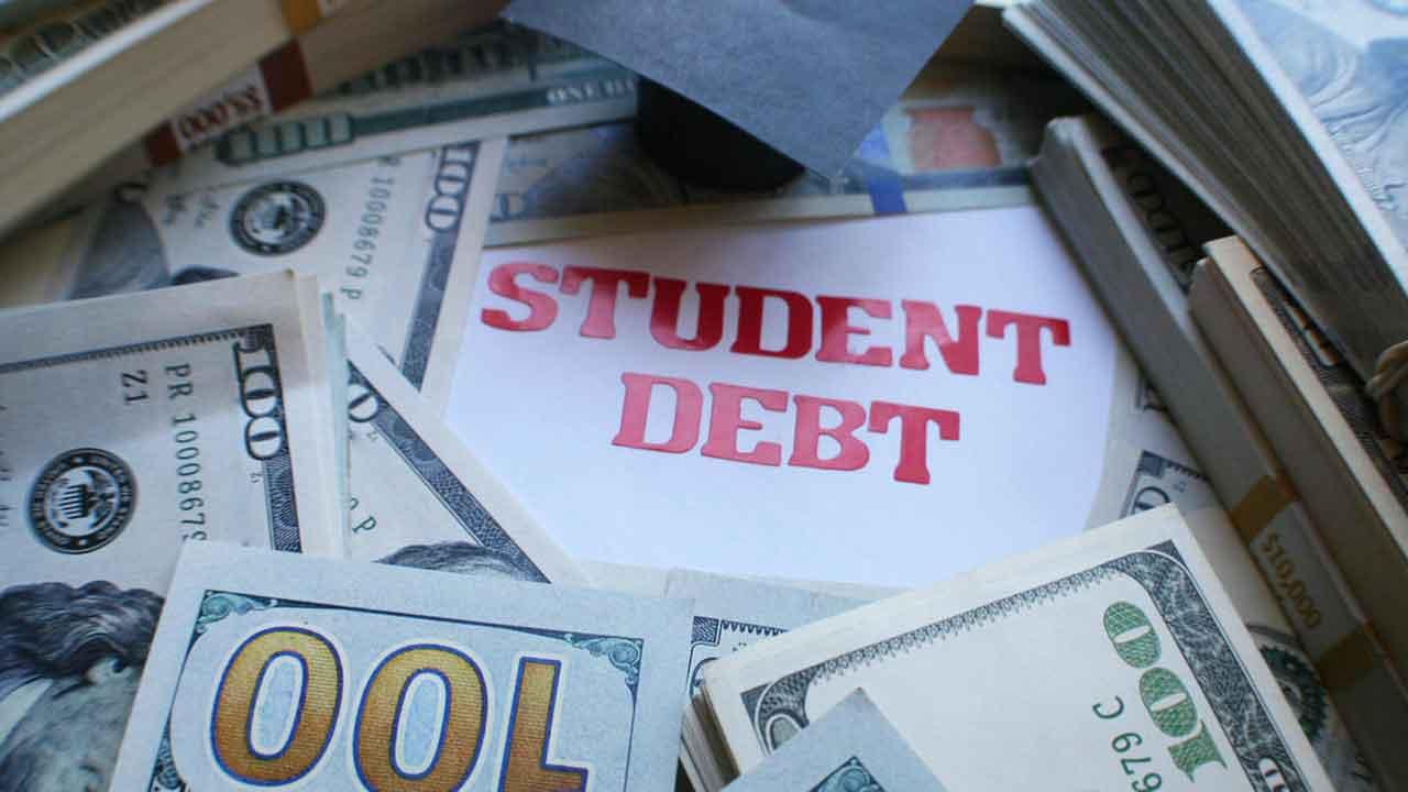 No Student Loan Relief In $900 Billion Stimulus Bill