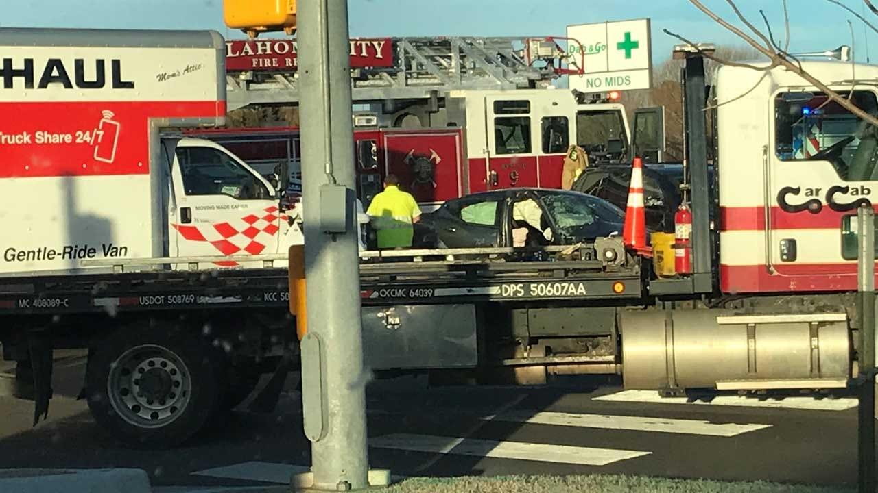3 Injured In SE OKC Crash