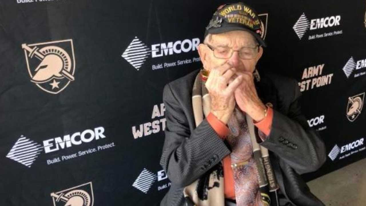 'Harmonica Pete': 96-Year-Old WWII Veteran Plays 'Star Spangled Banner' At West Point