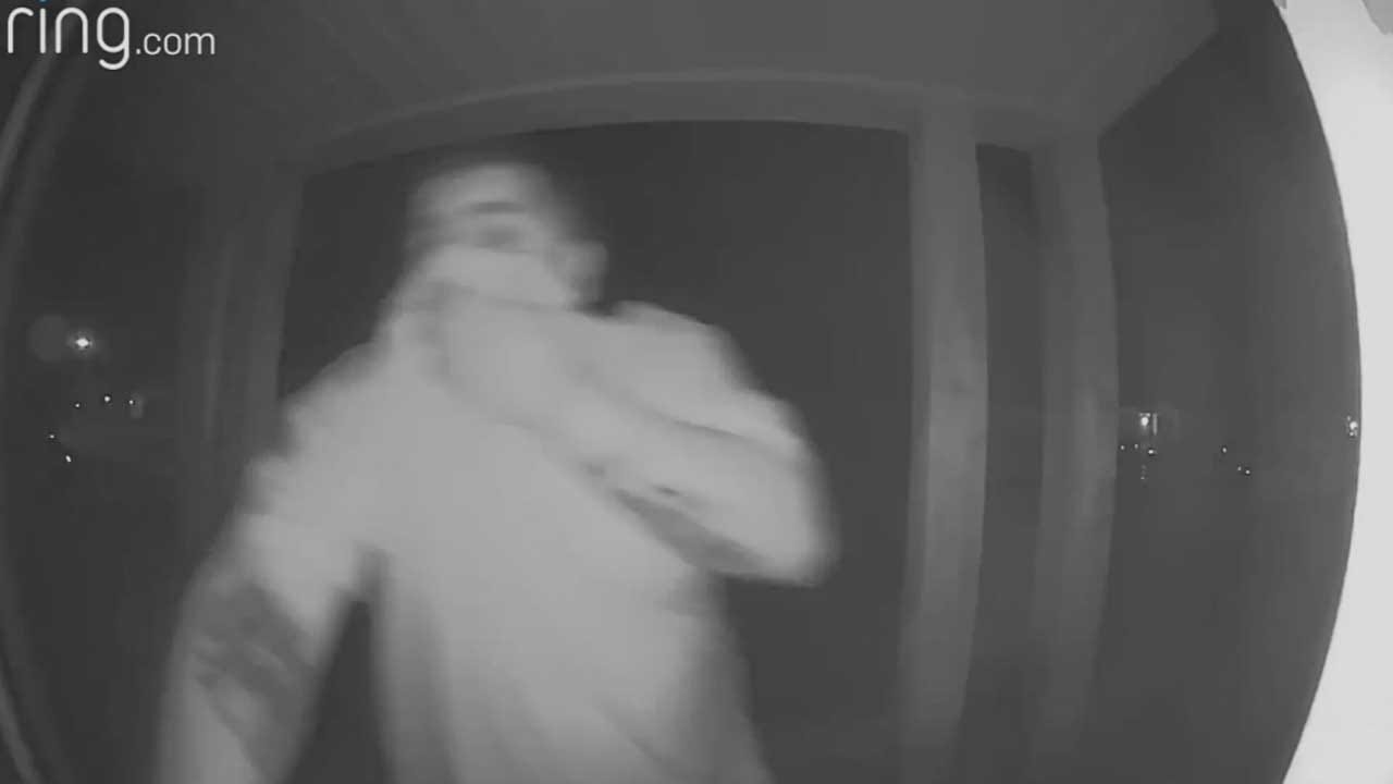 Caught On Camera: Thieves Break Into NW OKC Home
