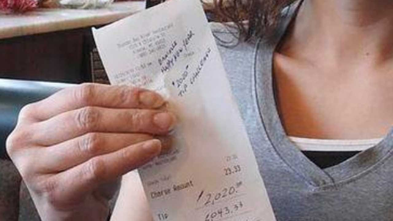 Server At A Small-Town Restaurant Gets $2,020 Happy New Year Tip