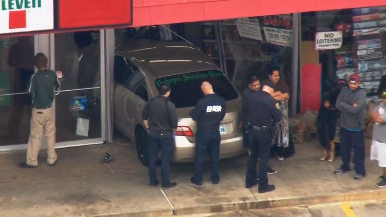Crews Respond To Car That Crashed Into NW OKC Building