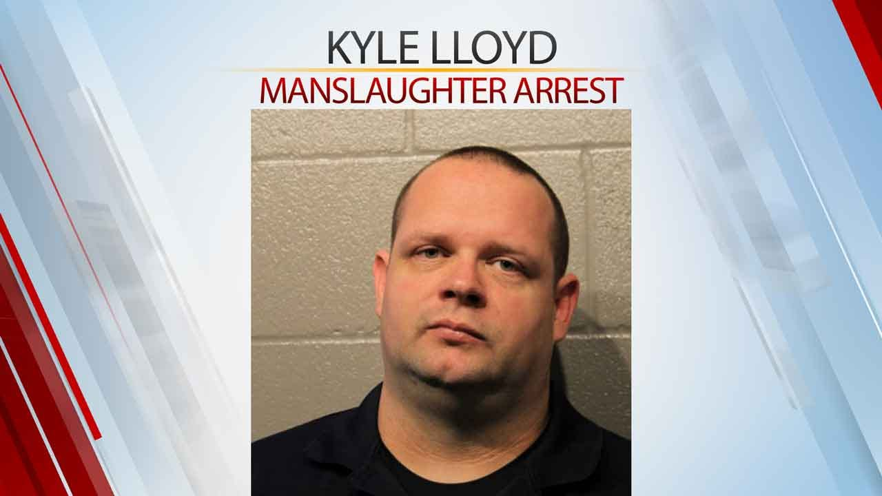 Off-Duty Moore Police Officer Accused Of Manslaughter Turns Himself In To Cleveland Co. Jail, Bonds Out