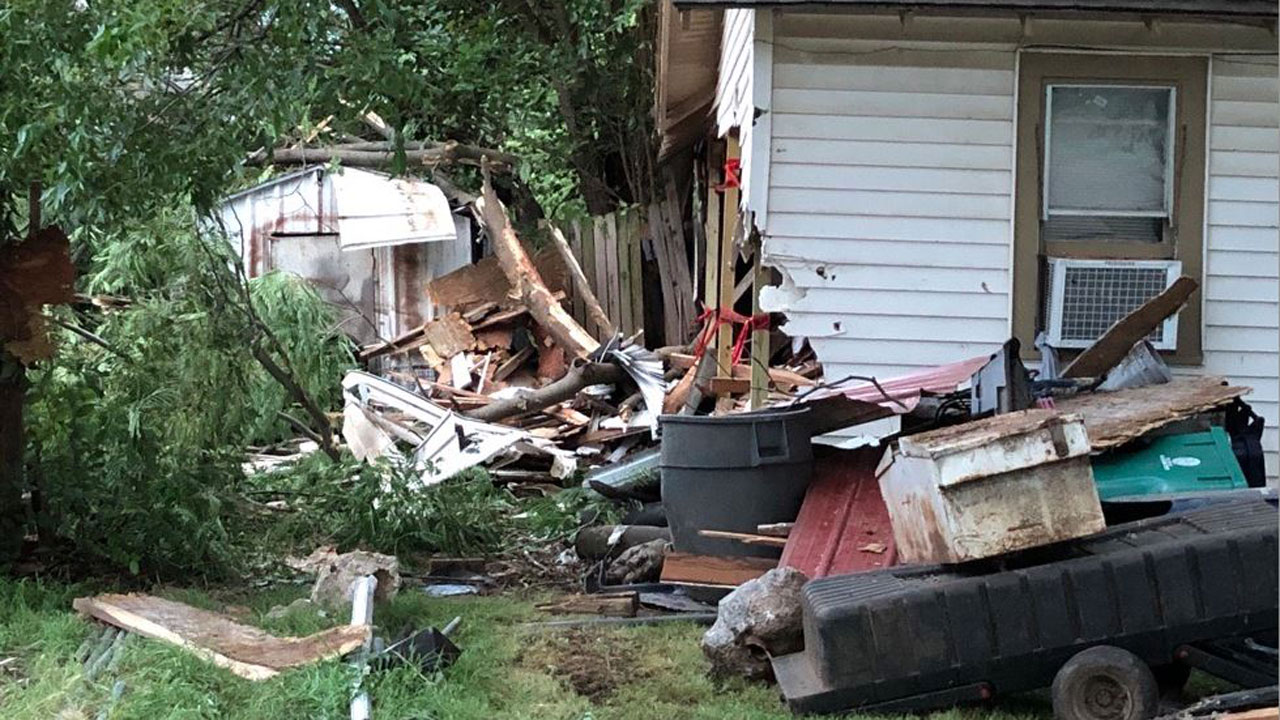 OCPD Searching For Suspect In Overnight Police Chase That Crashed Into SW OKC Home