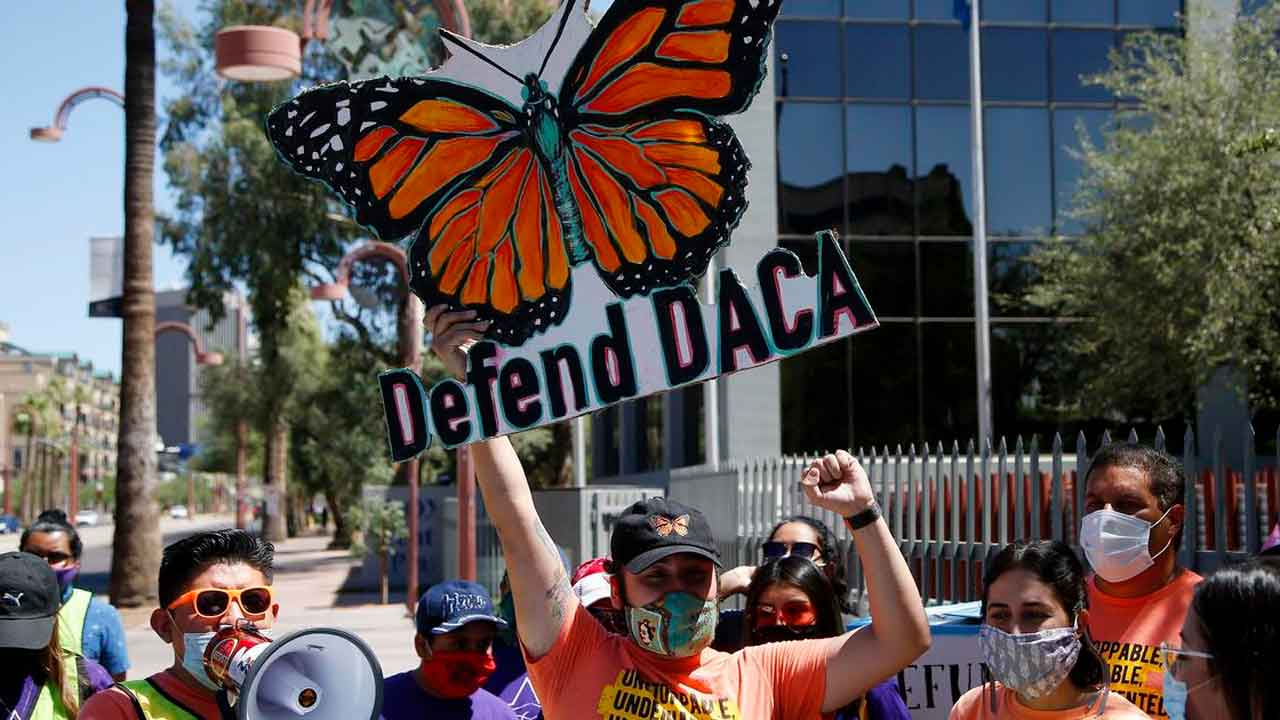 Judge Orders Restoration Of DACA, Opening Immigration Program To New Applicants For 1st Time Since 2017