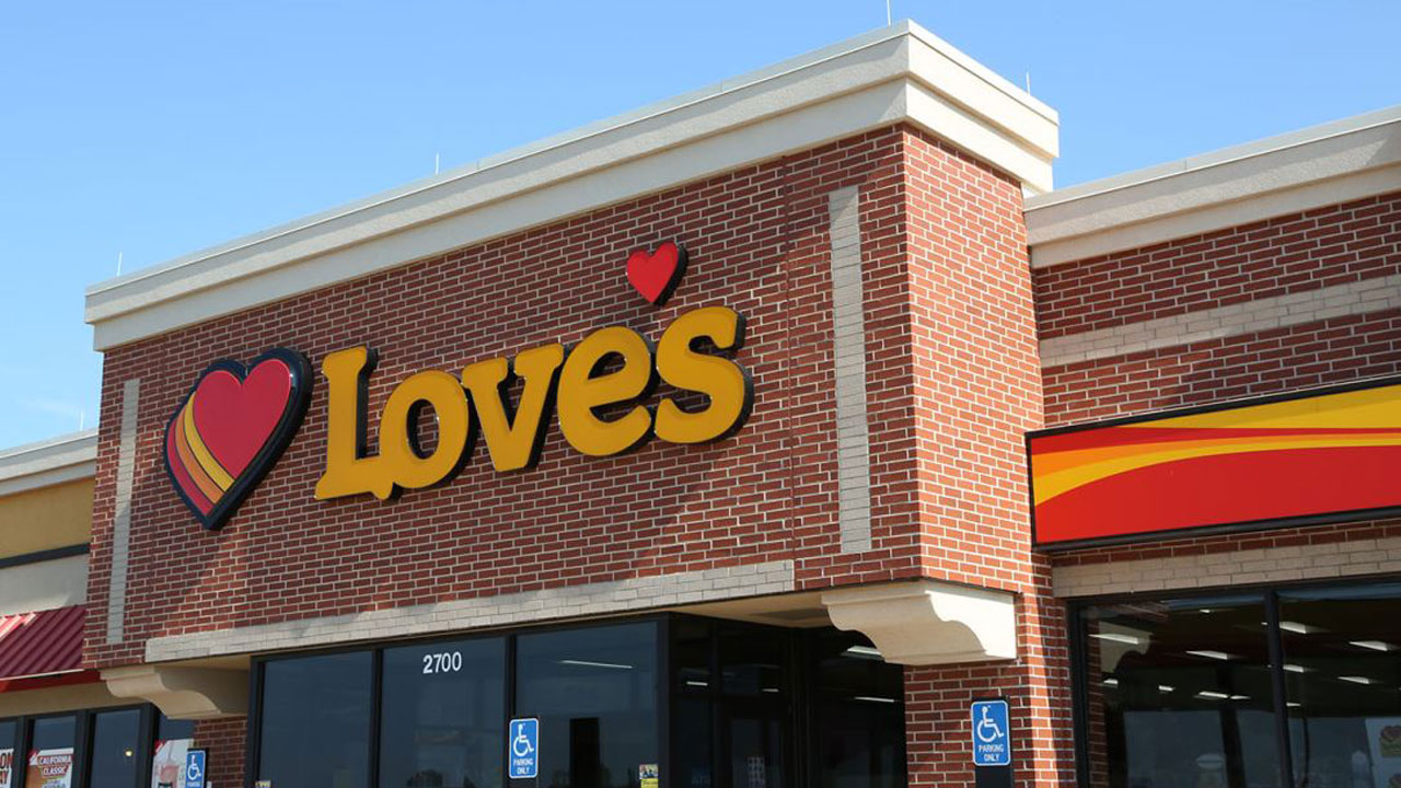 Love's Travel Stops To Require Customers To Wear Face Coverings