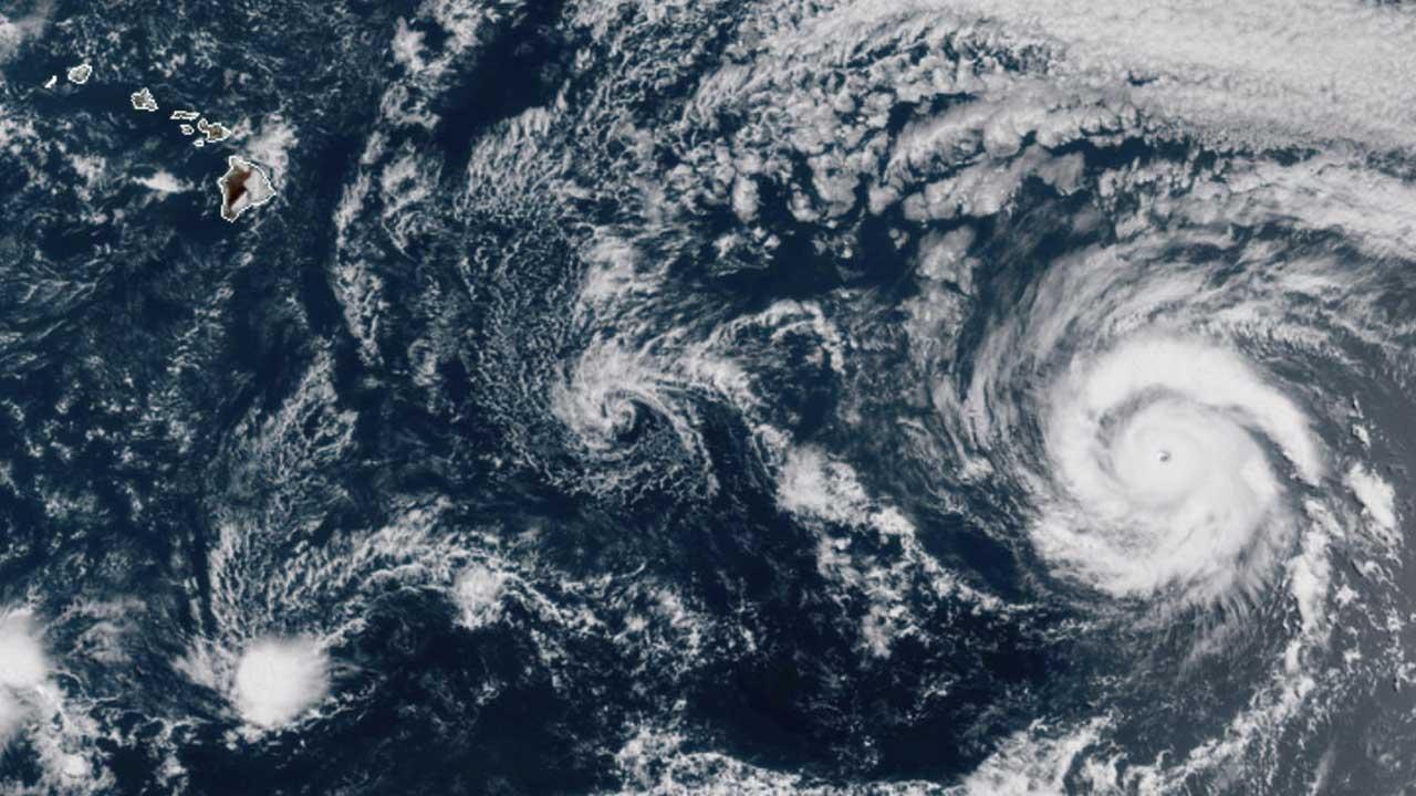 Hurricane Takes Aim At Hawaii While Texas Braces For Tropical Storm