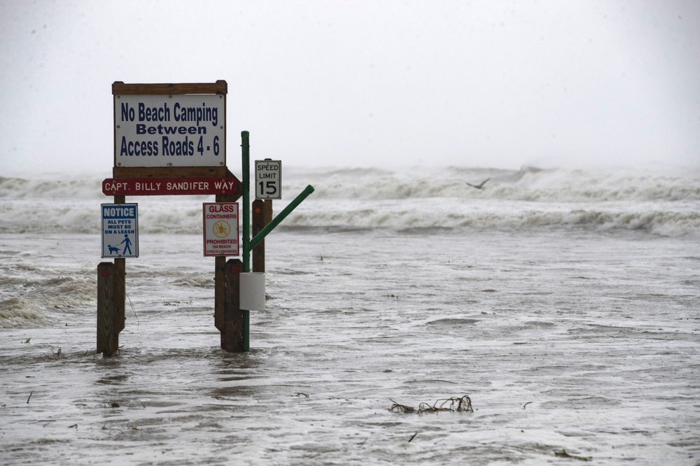Texas Holds Tight As Hurricane Hanna Makes Landfall