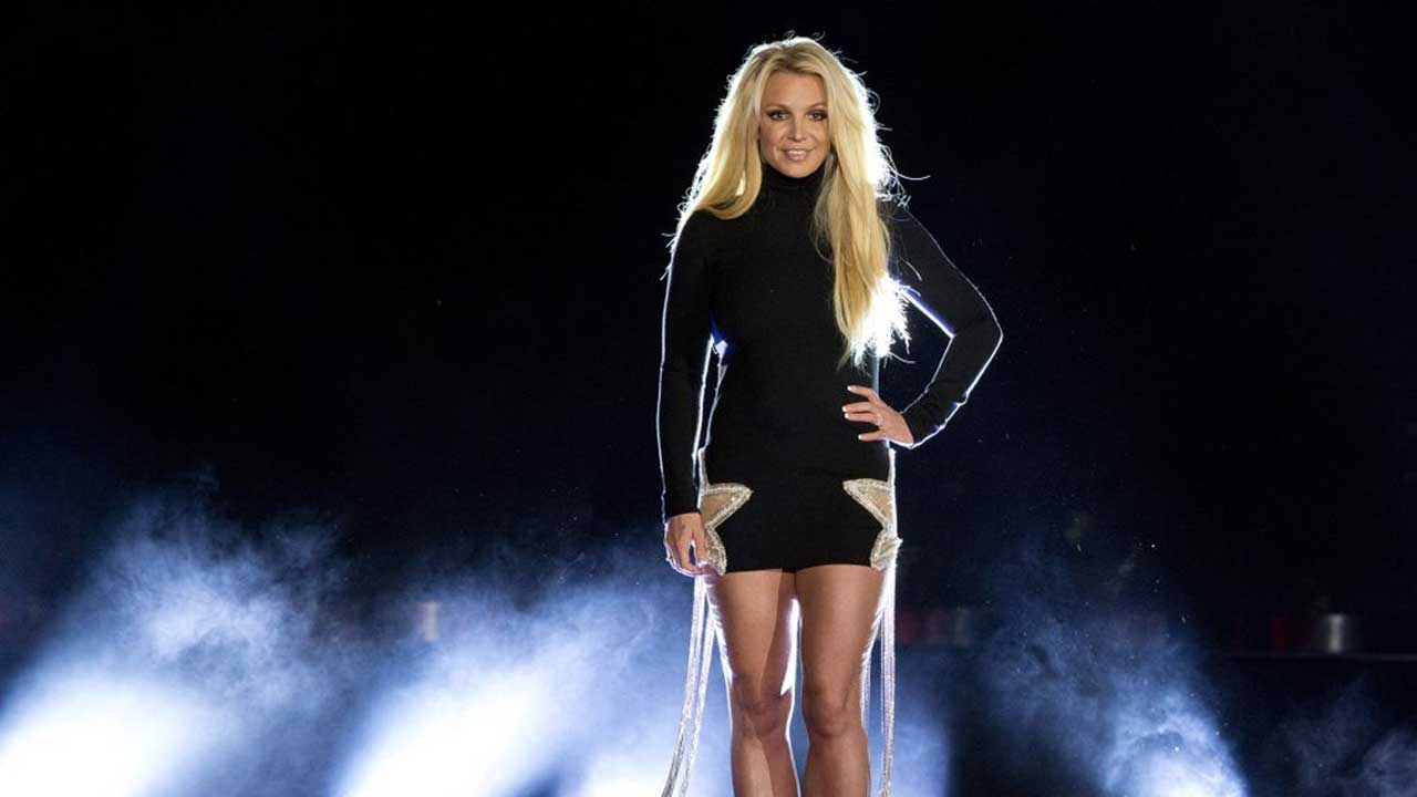 In Court Moves, Britney Spears Seeks Freedom From Father