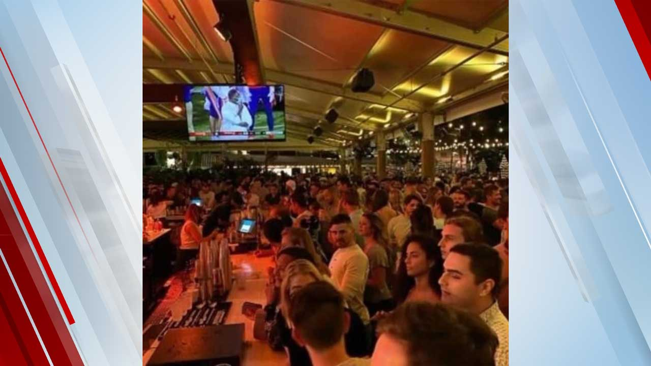 Florida Bar Shuts Down After Hundreds Of Patrons Gather Without Masks Or Social Distancing