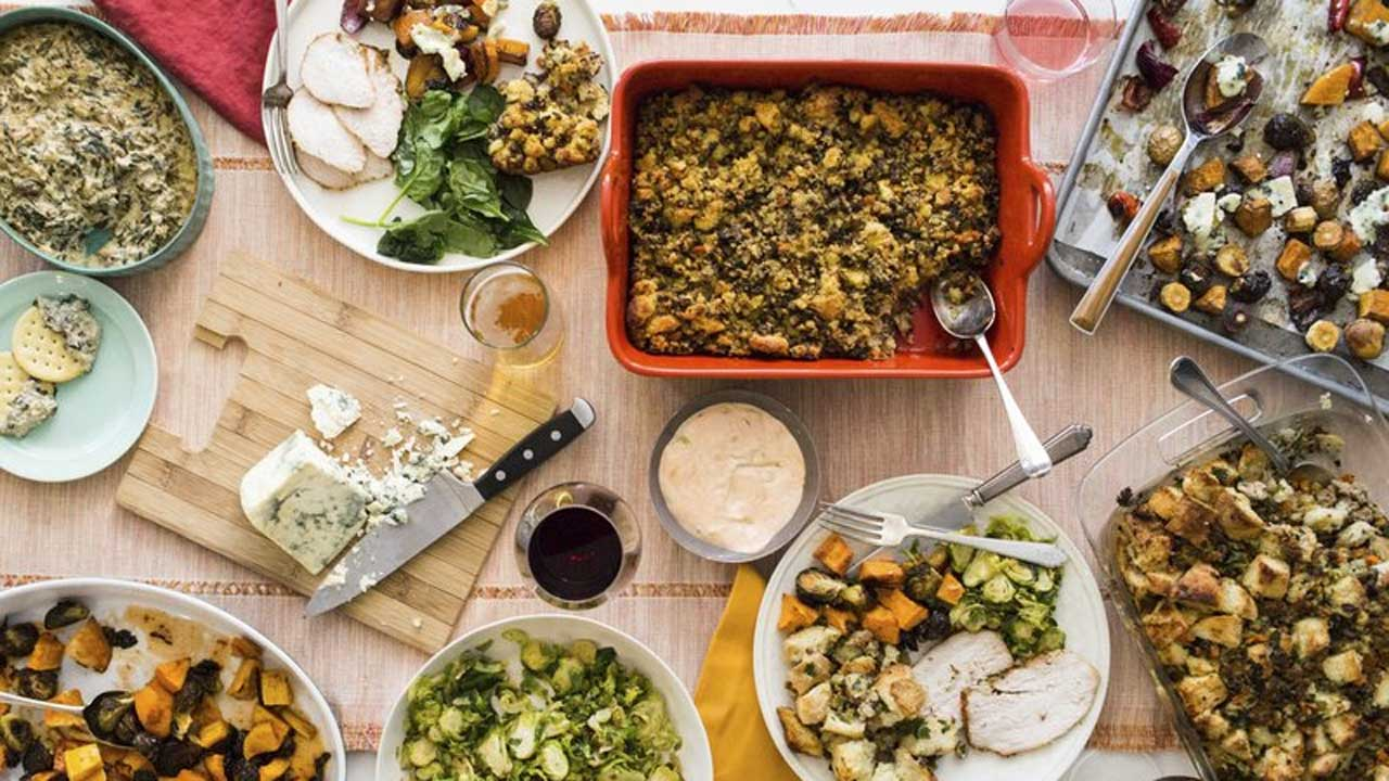 Health Experts Provide Food Safety Tips For Thanksgiving Leftovers
