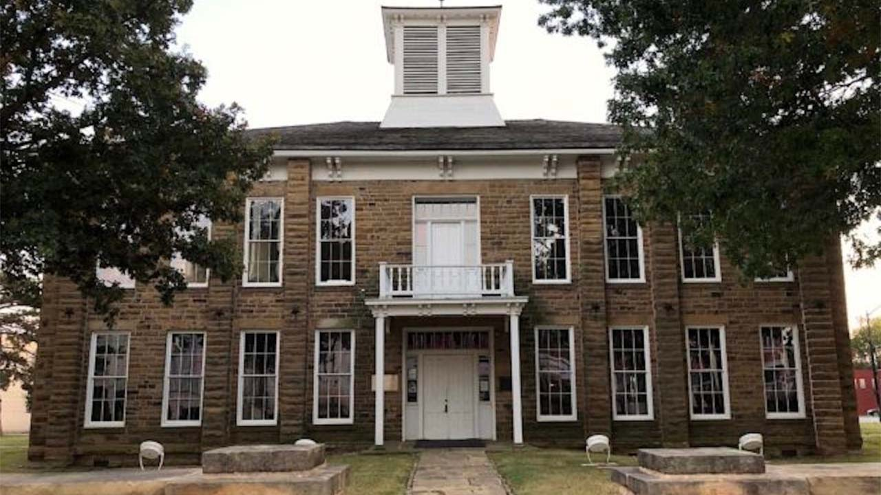 In Okmulgee, Muscogee Nation Council House Highlights History