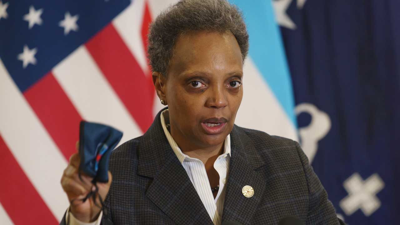 'Our Schools Are Safe': Chicago Mayor Orders Teachers To Be In The Classroom Starting Monday