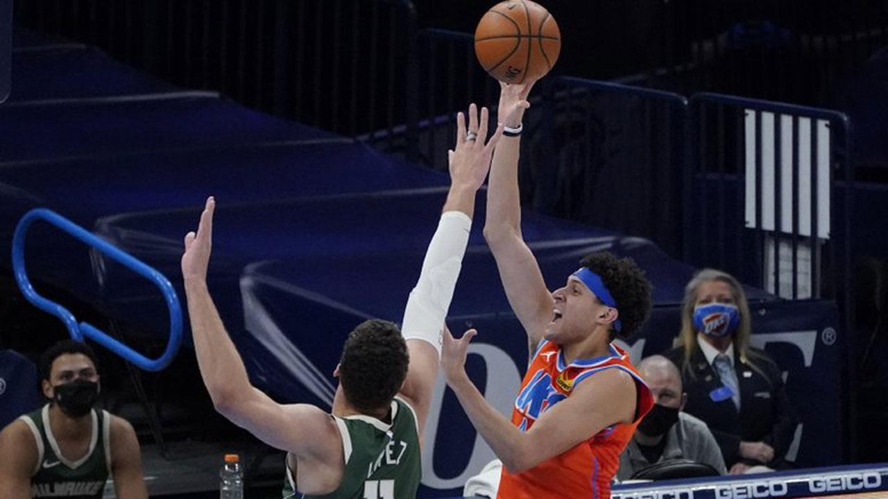 Thunder Overcome Antetokounmpo's Triple-Double, Top Bucks