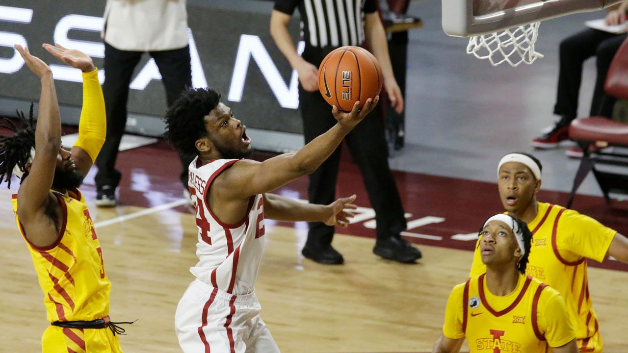 Elijah Harkless OU Basketball Feb. 6, 2021
