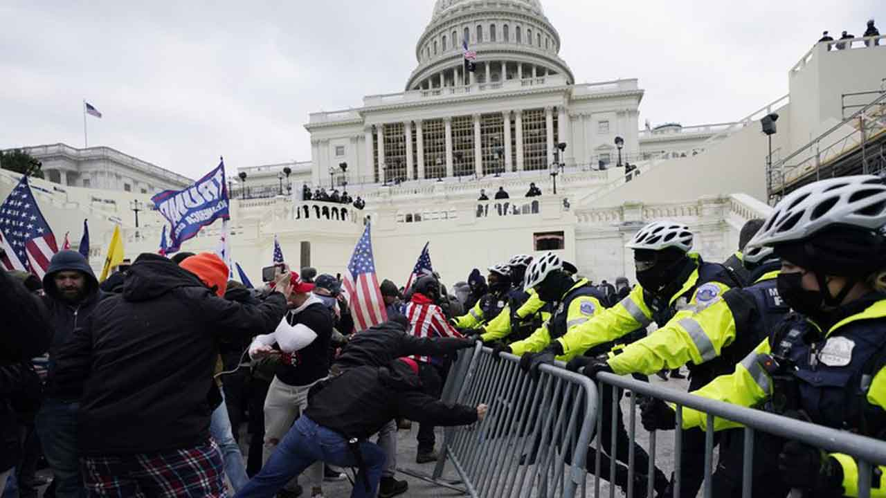 Man Charged With Pinning Officer During US Capitol Attack