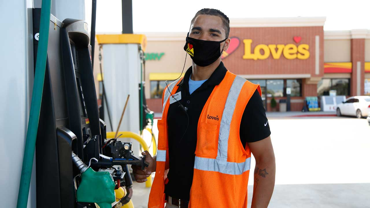 Love's Travel Stops Offers Monetary Incentive To Employees Who Voluntarily Get Vaccinated For COVID-19