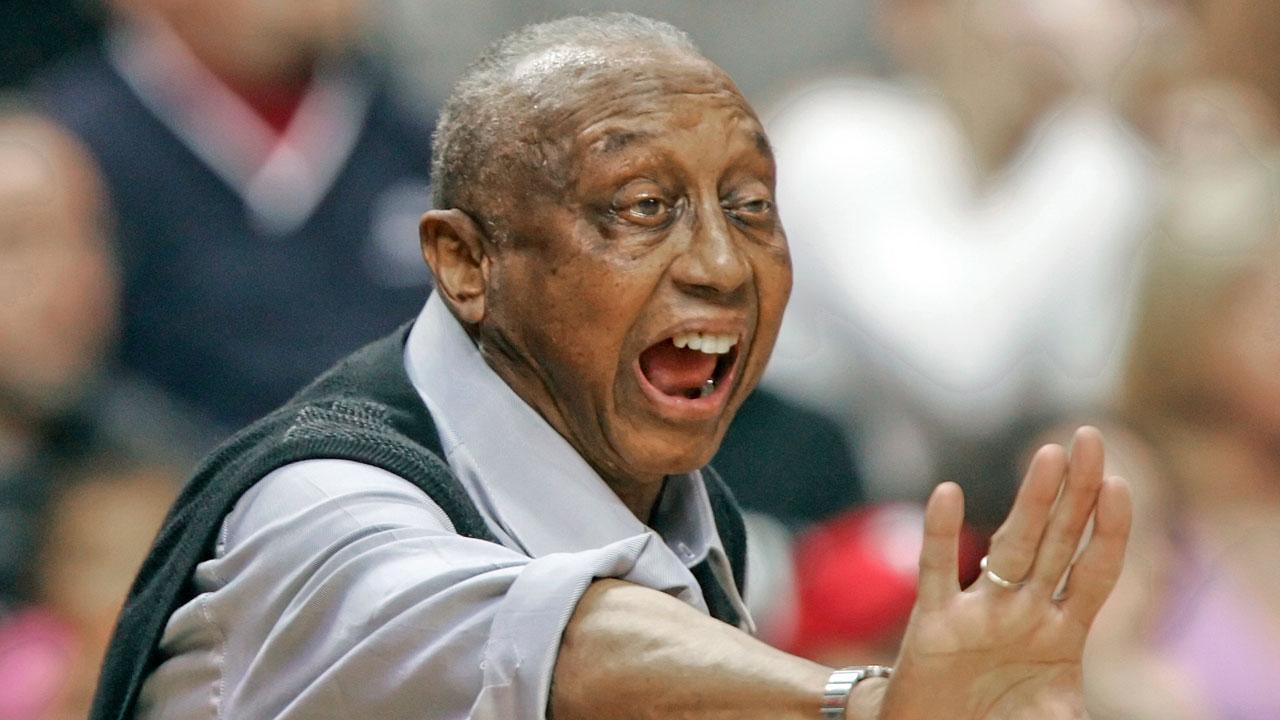 John Chaney, 89, Temple's Commanding Basketball Coach, Dies