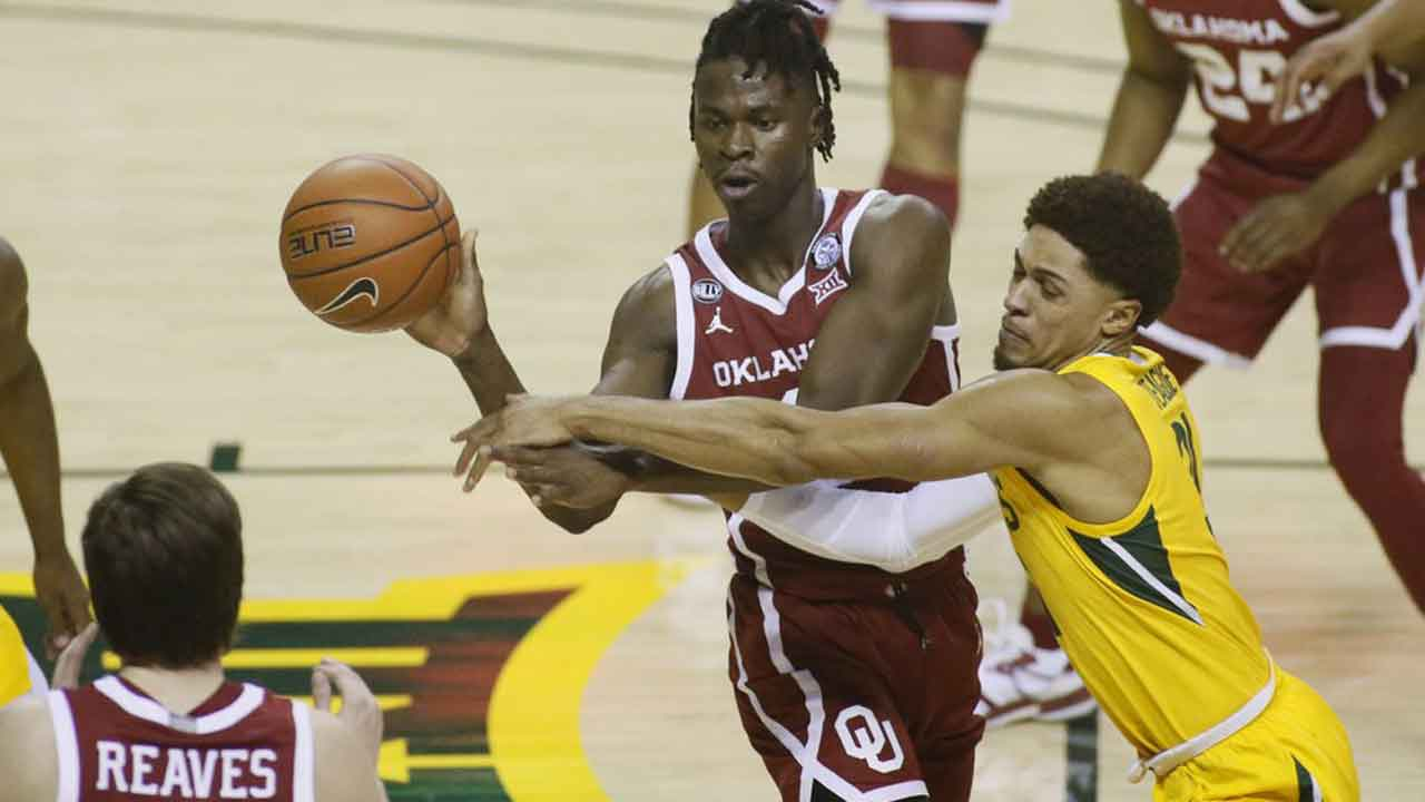 Oklahoma Sooners Routed By Baylor Bears, 76-61